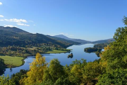 Highland Lochs, Glens & Whisky