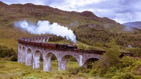 Premier Round Scotland by Train - McKinlay Kidd