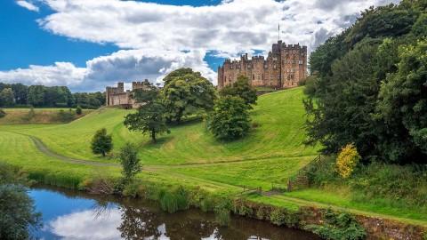 1 Day Alnwick Castle & the Borders