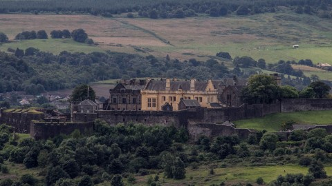 Stirling Castle, Whisky Distillery and Loch Lomond