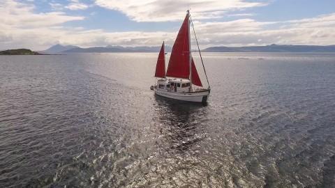 Scottish Cruises - Skye, Lochalsh, Lochaber & Wester Ro...
