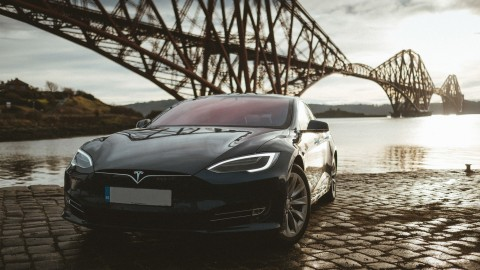 Discover Edinburgh in a Tesla
