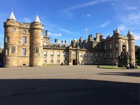 Edinburgh's Royal Mile Private Walking Tour