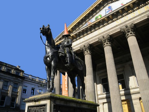 Glasgow's Only Guided City Walking Tour With Live Tradi...