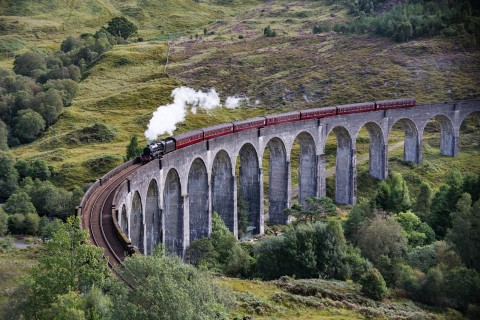 Happy Tours Scotland Glenfinnan and Great Glen Full day...