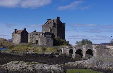 Highland Castles Tour inc. Urquhart and Eilean Donan Ca...