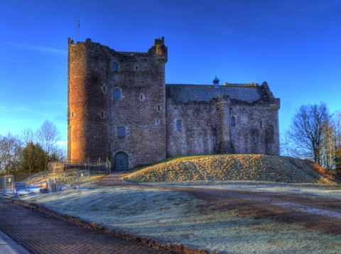 Game of Thrones castle tour from Private tours Edinburg...