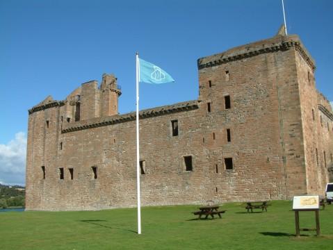 Scottish castles tour ( Blackness Castle , Stirling Cas...
