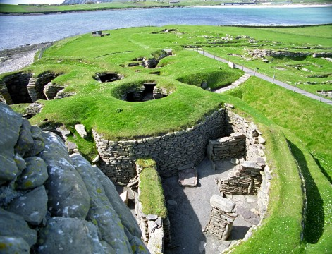 Neolithic & Nature Tour with Shetland Explorer Tours