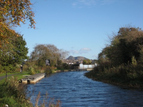 The Union Canal and the Meanwhile Garden