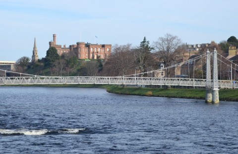 German walking tour of Inverness