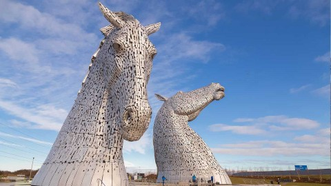 1 Day Loch Lomond, Stirling Castle & the Kelpies