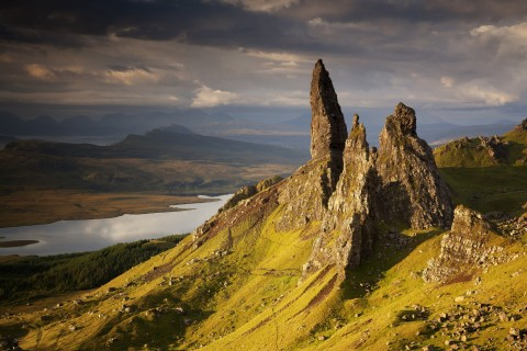 Happy Tours Scotland Isle of Skye Full Day 8 Seater Veh...
