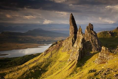 Happy Tours Scotland Isle of Skye Full Day 8 Seater Veh...